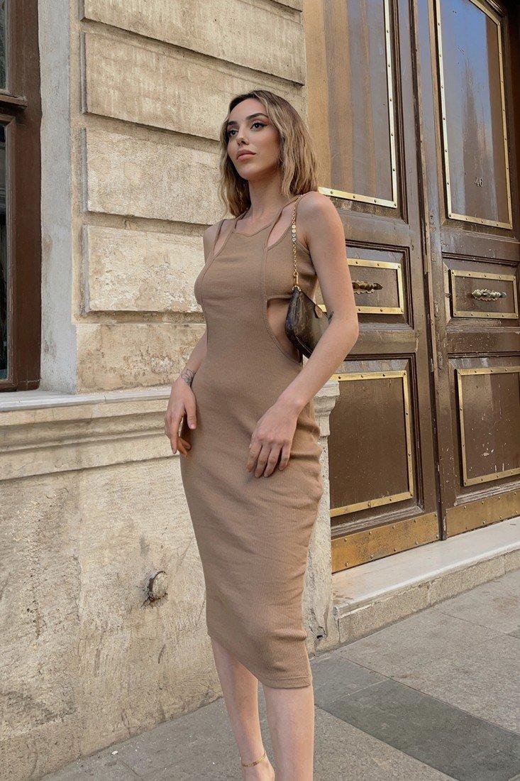 Yanları Pencere Detay Askılı Elbise VTG3